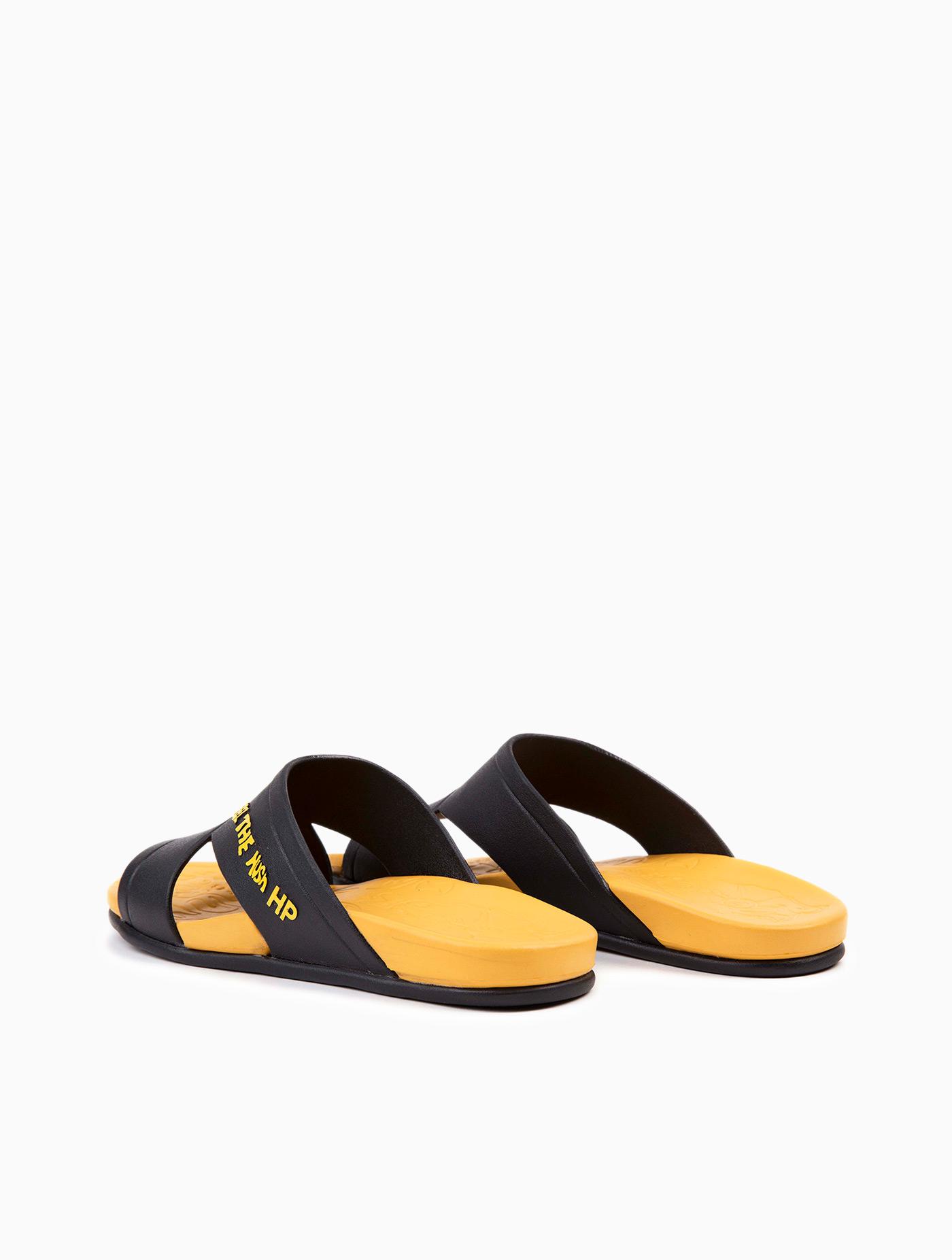 bd8f5c41e597 Men s Sandals Yellow Size 7
