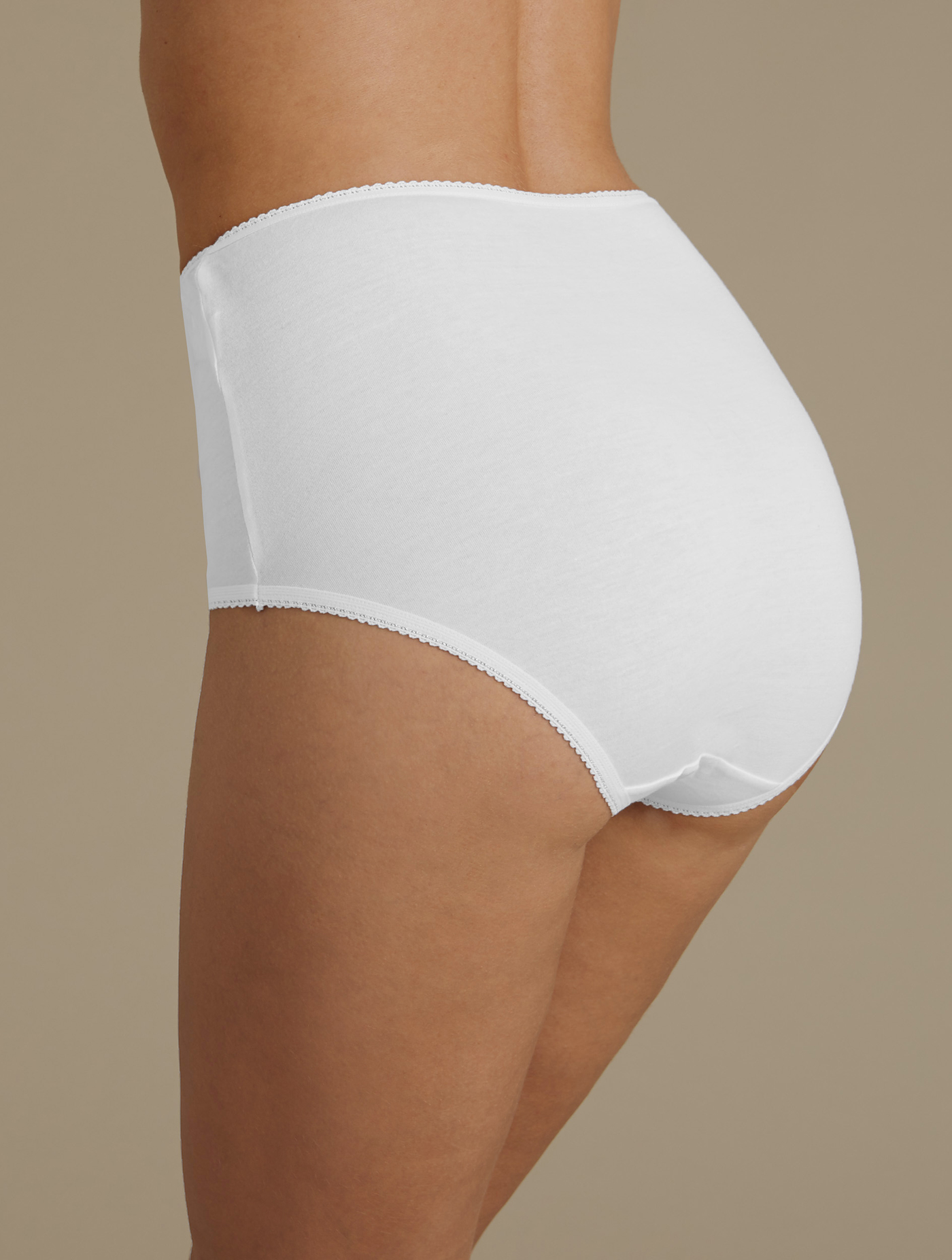 dba66ba69 5 Pack Cotton Rich Full Briefs with New   Improved Fabric White Size 14